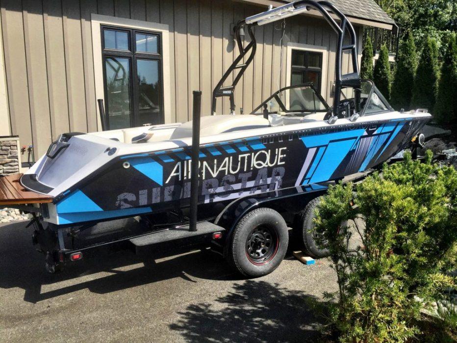Custom vinyl boat wrap