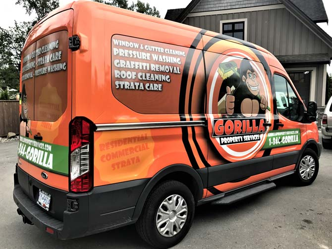 The benefits of wrapping your entire fleet with vinyl car wraps